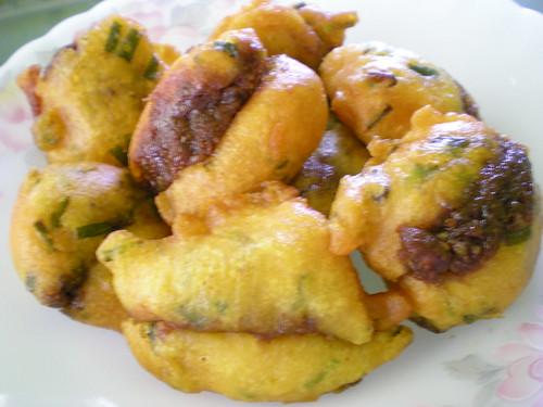 Cucur sambal 1