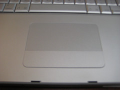 MacBookProearly2008-trackpad