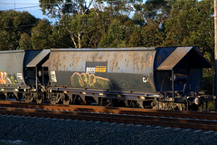 An NHVF sits in the dirt at Waterfall with a damaged lead bogie (click on photo for larger version)