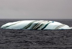 Amazing Striped Icebergs by hotelcurly