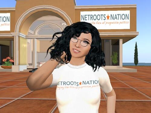 Moran in her NNinSL t-shirt
