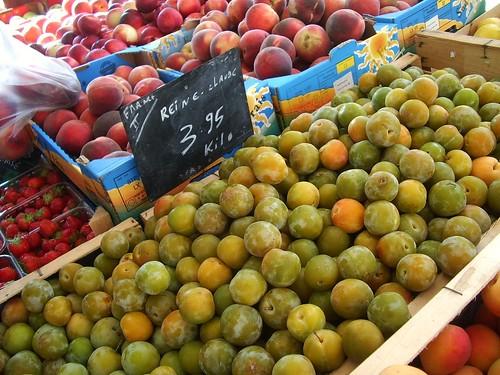 Reine-Claude plums