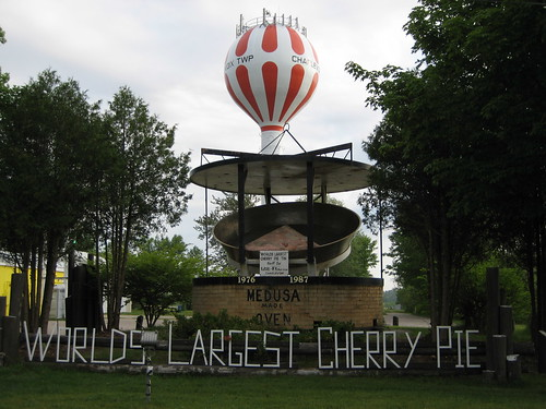 Worlds (3rd) Largest Cherry Pie