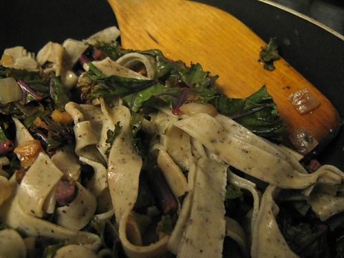 buckwheat pasta w/kale