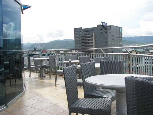 Cebu City - GV Tower Hotel Restaurant by man_from_cancun.