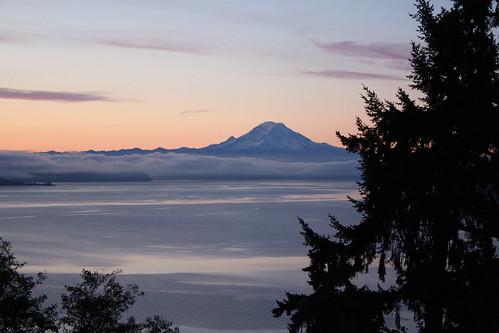 Fog setting in around Mt. Rainier