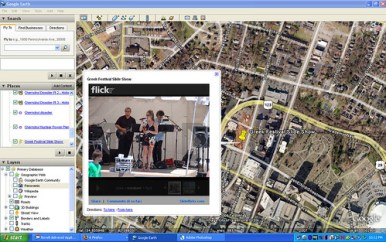Google-Earth-SlideFlickr