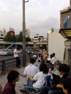 原宿駅iPhone行列