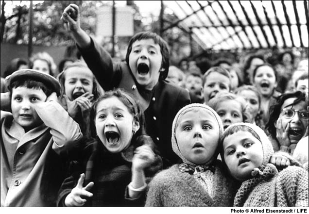 children at the puppet theatre - paris.jpg