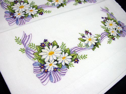 Daisy-Pillowcases