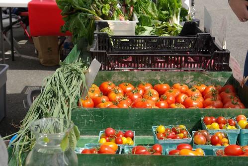Hedlin Farms market booth