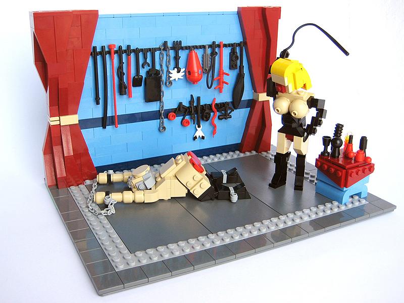 LEGO sado maso II