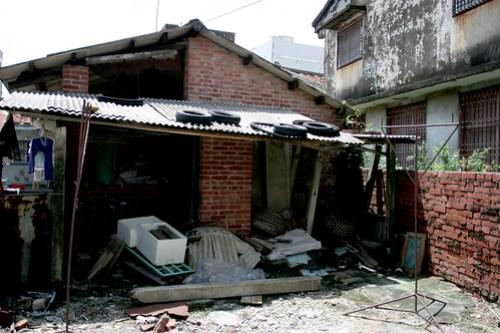 brick houses  05