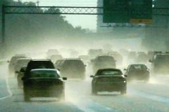 dangerous driving in the rain - tips