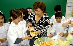 Professora Cláudia e alunos do 3º ano EF