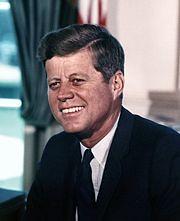 180px-John_F._Kennedy,_White_House_color_photo_portrait