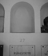 Urnenhalle 8