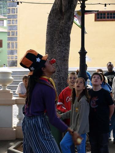 Juggler, clown, uni-cyclist and all round nice guy at the Festival de Los Cuentos in Los Silos