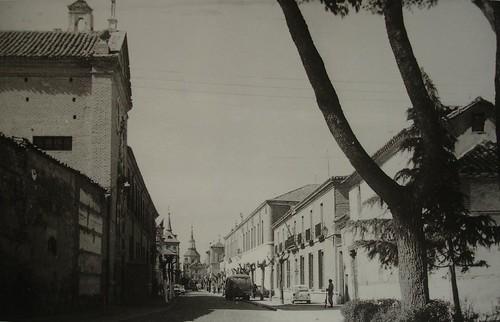 Calle Colegios desde la Puerta de Aguadores en 1963
