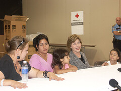 Laura Bush visits the Auchan Shelter 10.3.08