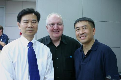 CCOM President Cizhao Wang, YSM Dean Robert Blocker, and conductor Yongyan Hu.