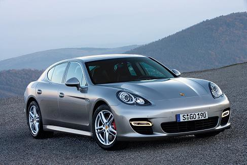 p porsche_panamera_turbo-02 by you.