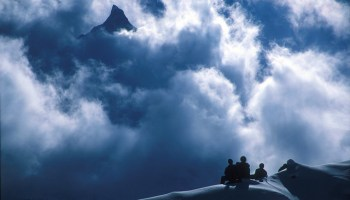 Manaslu trek -  Base camp 1999 (4800 m)