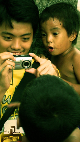 Philippinen  菲律宾  菲律賓  필리핀(공화�) Pinoy Filipino Pilipino Buhay  people pictures photos life Philippines, city, boy, young, camera