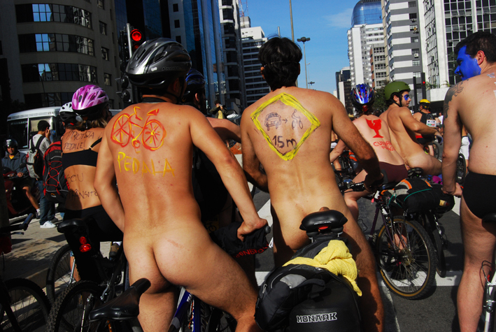 WorldNakedBikeRideSP090