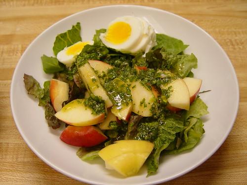 Salad with cilantro dressing