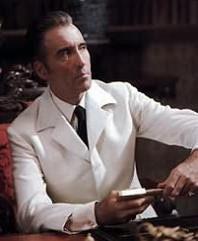 El Pistolas por Christopher Lee
