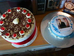 Rickroll cake and portal cake