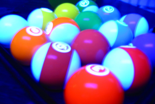 20080523 - pool balls - 157-5749 - blacklight, tilted
