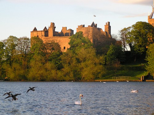 Linlithgow Palace and Loch in late evening