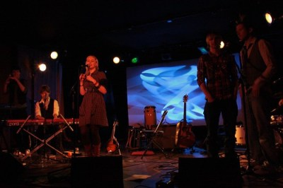 Cathy Davey and The Raglans
