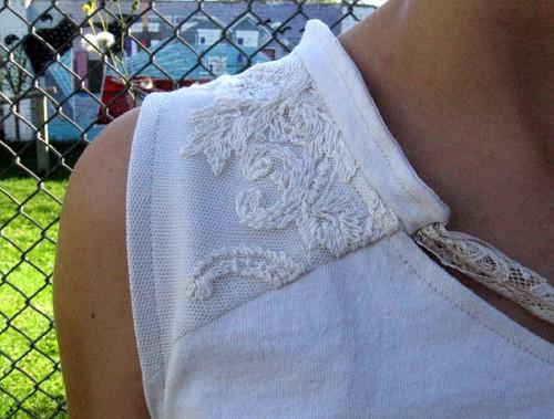 lace shoulder detail
