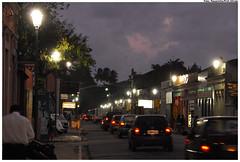 Rua do Sol após o embutimento da fiação e nova iluminação. Foto: Passarinho/Pref.Olinda
