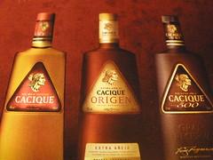Botellas de Cacique