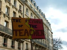 The Return of the Teacher - Manifestation Parisienne