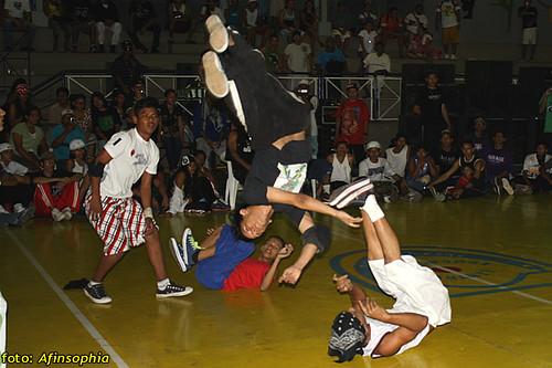 Hip-Hop Batalha 44 por você.