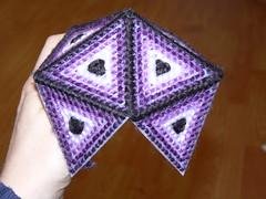 Plastic Canvas Icosahedron - Adding Triangles to Original Five Piece Cap