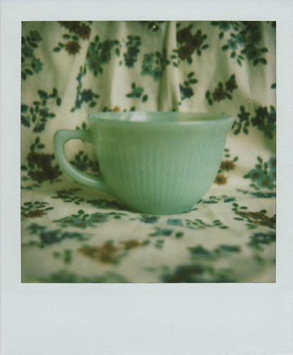 teacup by ampersans.
