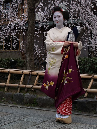 Maiko a Gion, Kyoto (by Jomind)