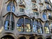 Antoni Gaudi. Detalle de la fachada de la Casa Batllo. 1907.