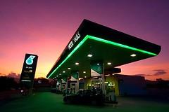 stesen minyak