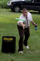 Frisbee & beer, good recipe for a fun wedding.