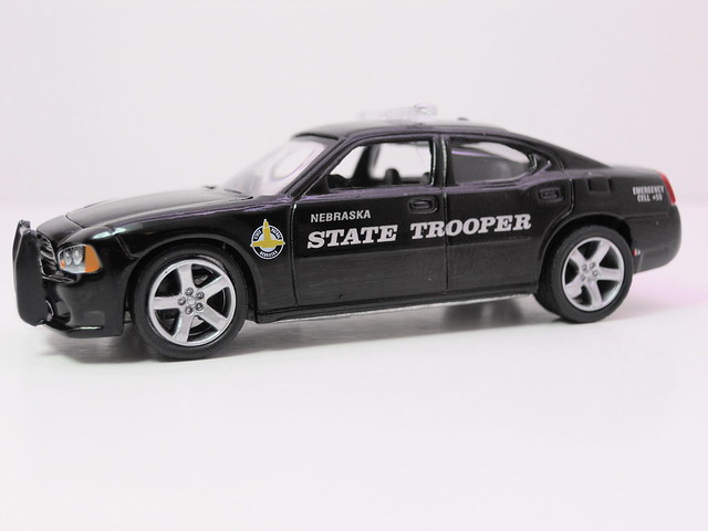 greenlight hot pursuit 2008 dodge charger nebraska state trooper