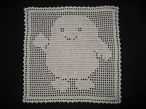 * Adipose in filet crochet!  Cute!  :D