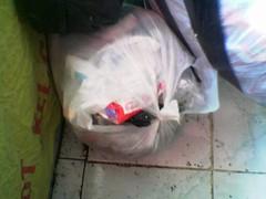 kantong sampah warga