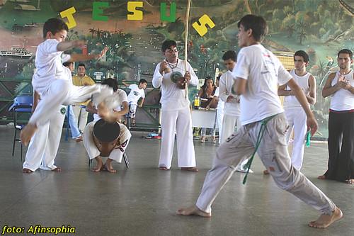 Capoeira Oxalá 28 por você.